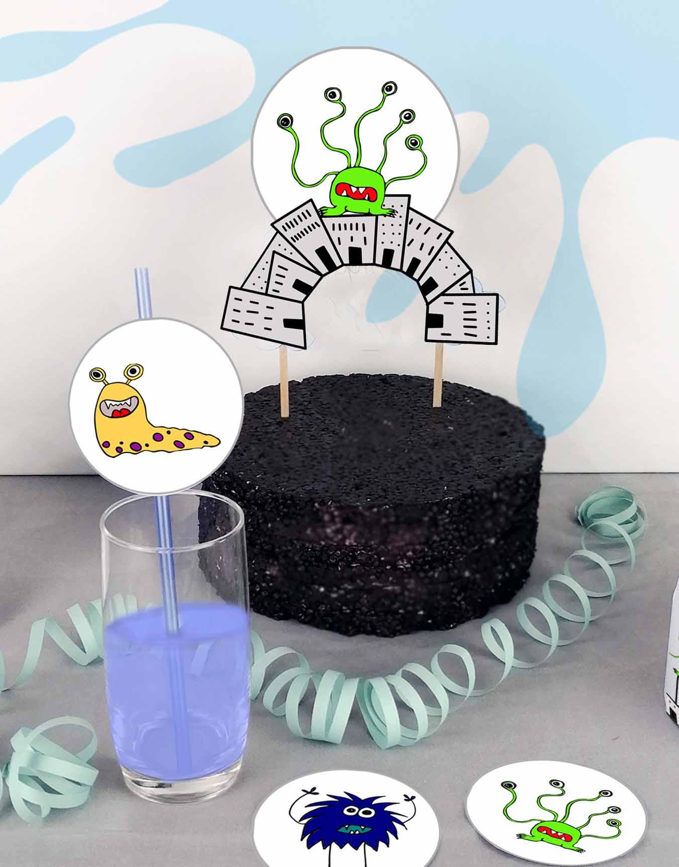 Druckvorlagen für einen selbst gebastelten Motto Cake Topper mit Monstern